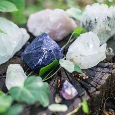 How to Select Gemstone for Crystal Healing